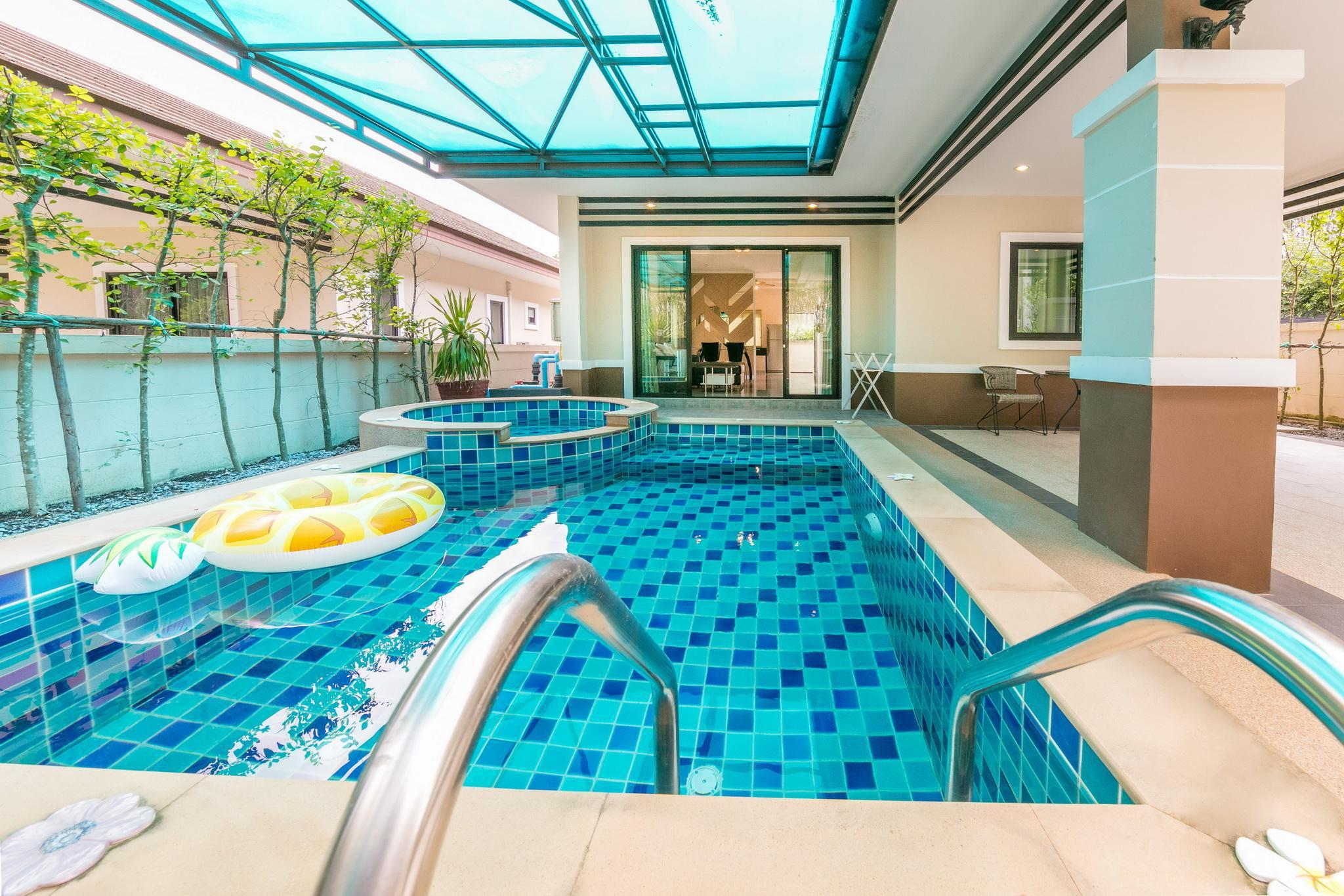 Pool villa near Aonang beach- Jin Pool Villa Pool villa near Aonang beach- Jin Pool Villa