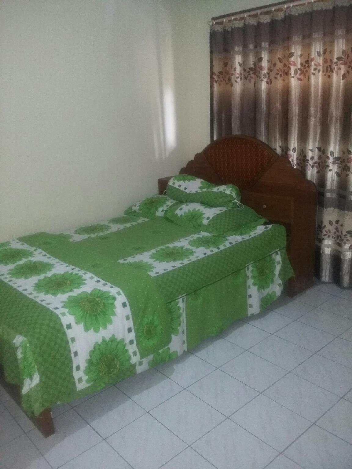 MUJID HOMESTAY Rumah Dengan 2 Kamar Tidur