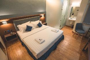 picture 2 of Henia Hotel