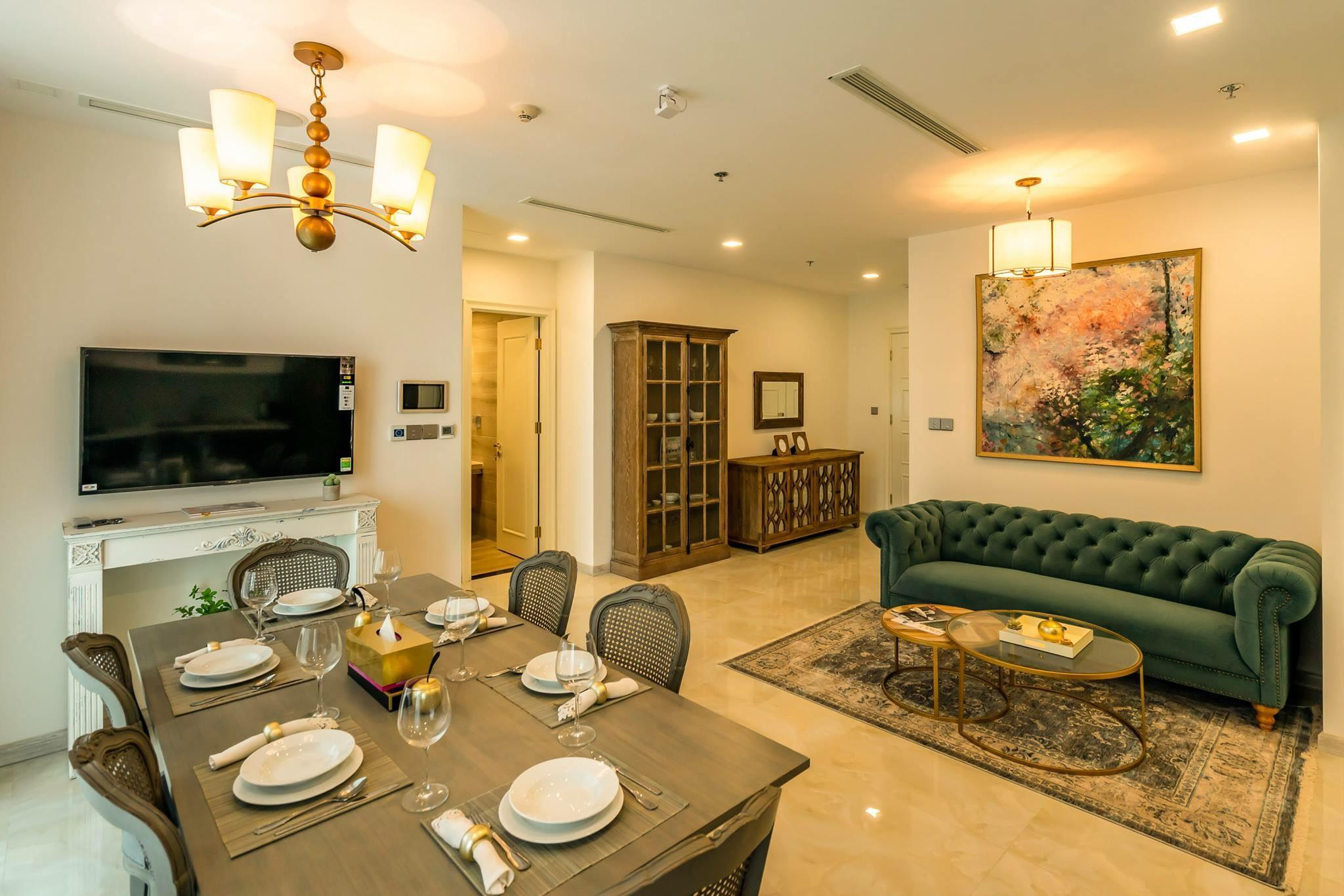 CENTRAL DISTRICT   2Bedrs LUXURY SUITE In High Flr