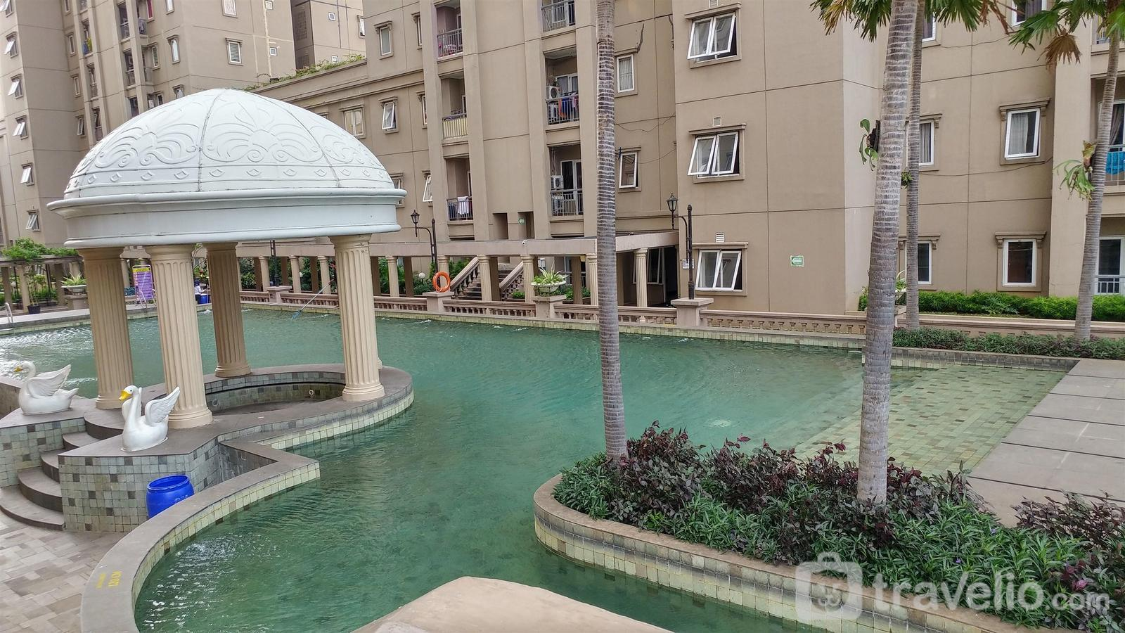 Affordable 2BR Grand Palace Apartment By Travelio