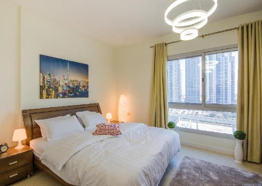 Dubai Marina View Deluxe Apartment, near beach