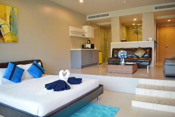 Studio Pool Access Karon Hill - G15 Phuket