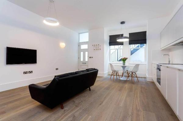 Contemporary Studio in Swiss Cottage London