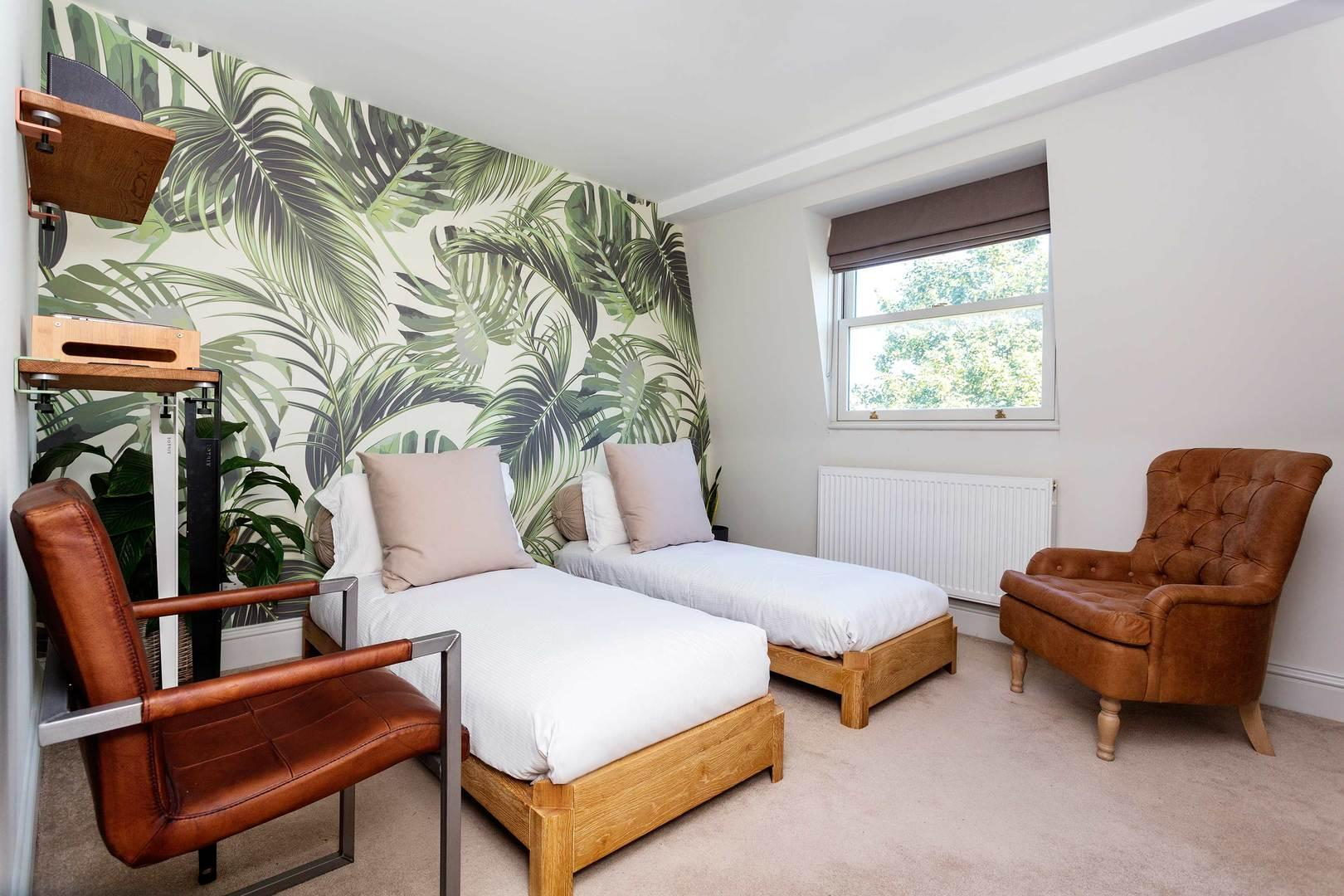 Hammersmith Oasis Reviews