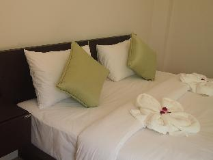 デラックス ホテル Deluxe Hotel