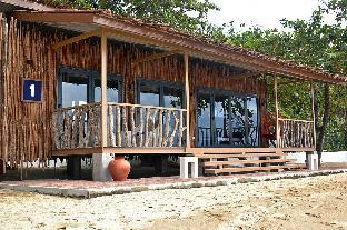 picture 1 of Crusoe Cabins