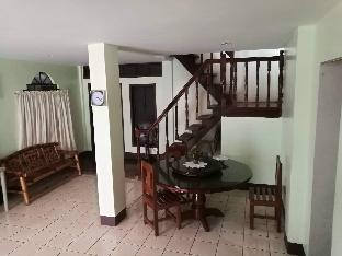 picture 4 of Your Hostel
