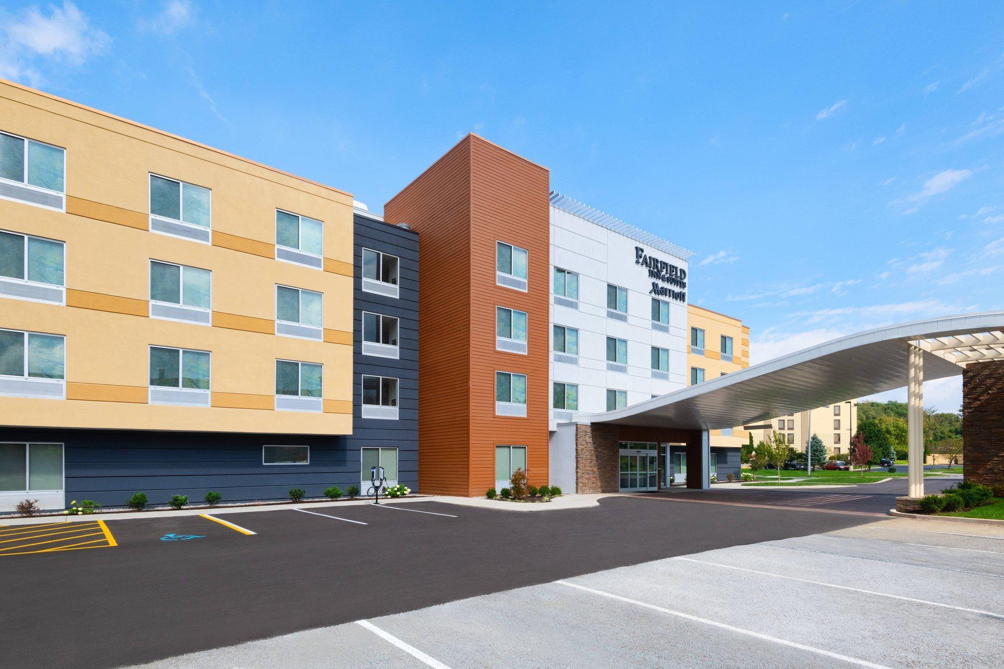 Fairfield Inn And Suites Lexington East I 75