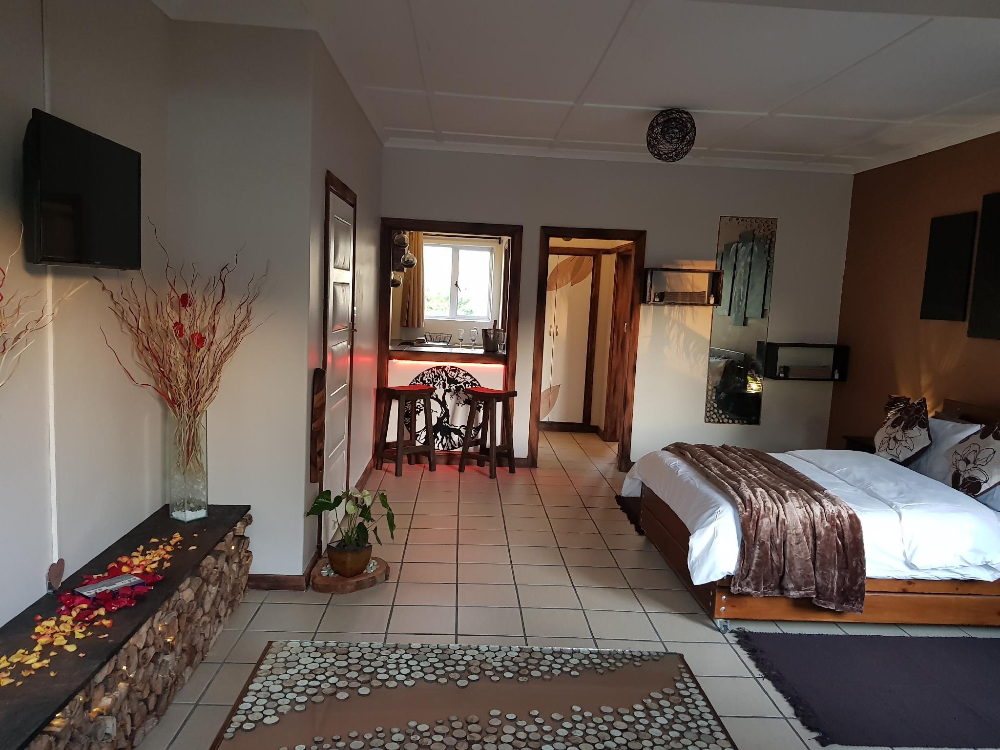 Afari Guest Lodge  Elephant Suite
