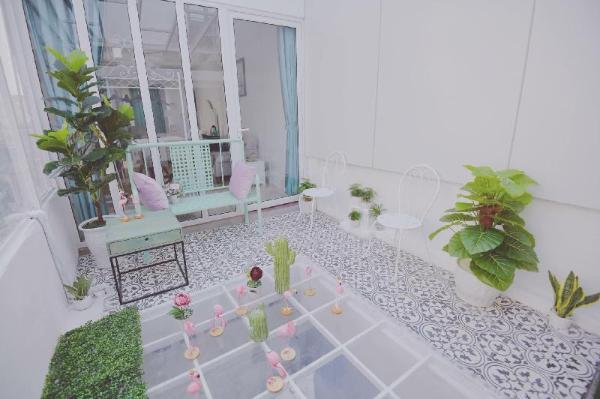 Unique Garden Room / 5 mins to Hoan Kiem Lake Hanoi