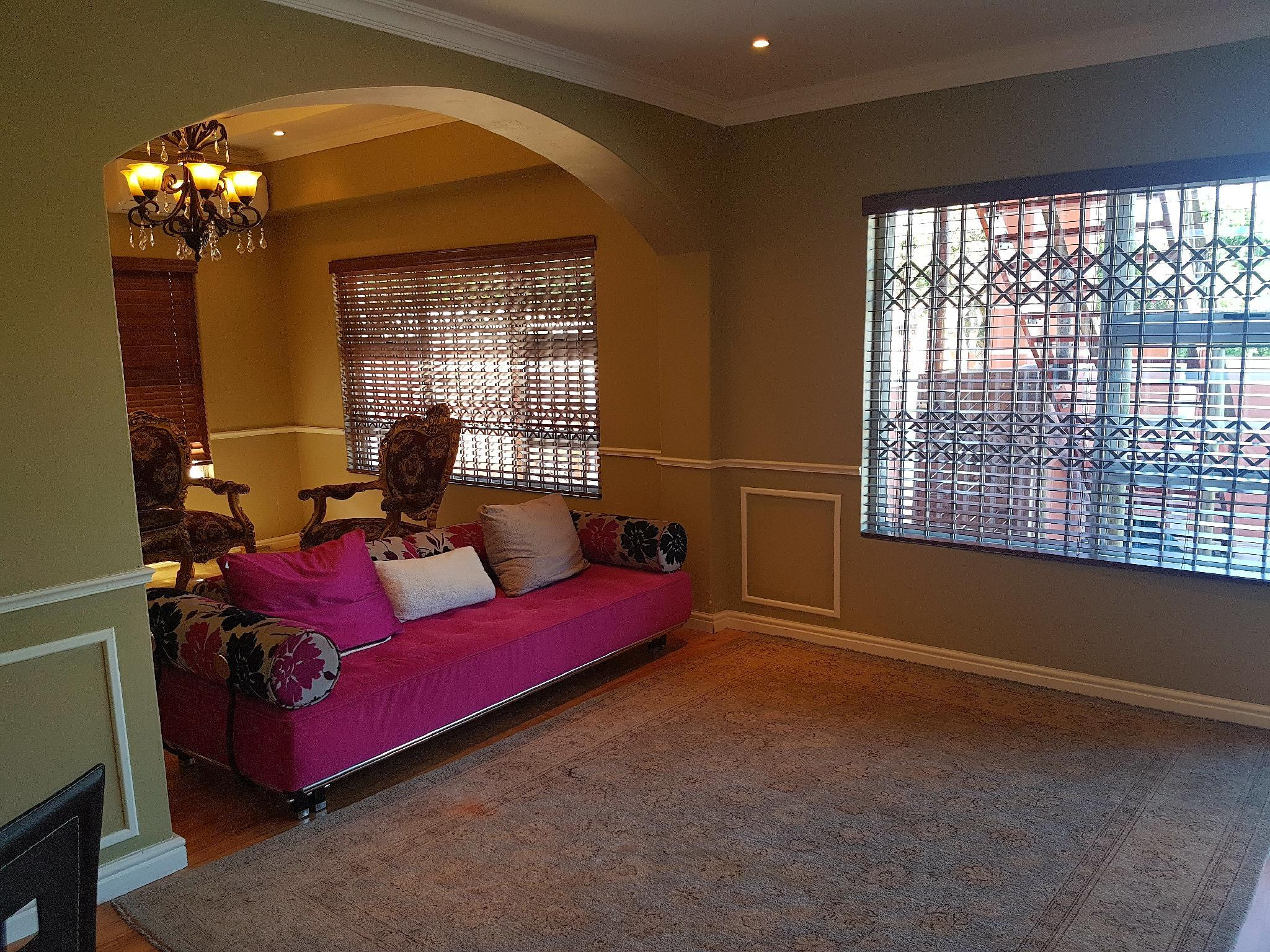 Beautiful 3 Bedrooms In Century City