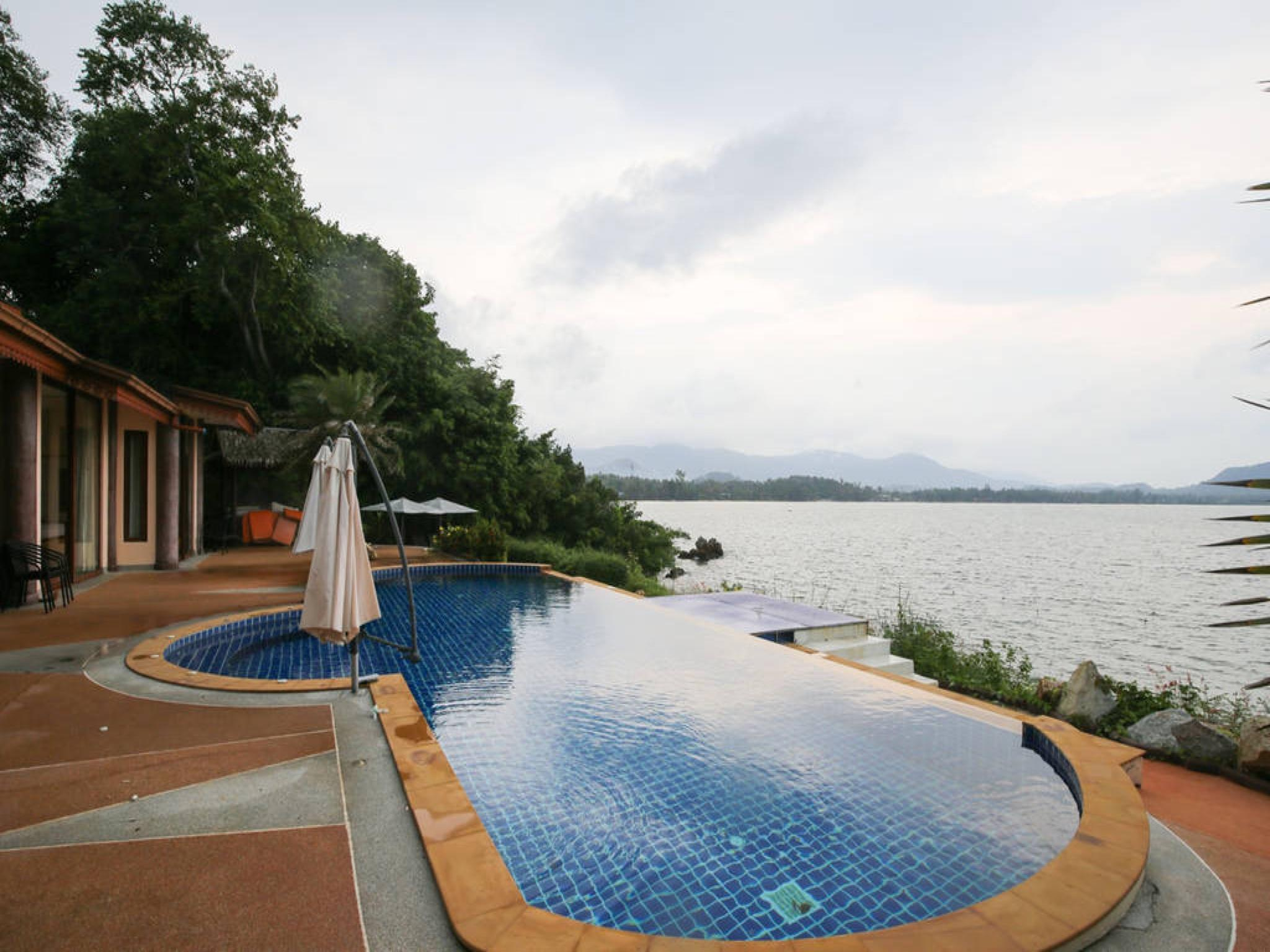 5 Bedroom Sea Front Villa -  Koh Phangan 5 Bedroom Sea Front Villa -  Koh Phangan