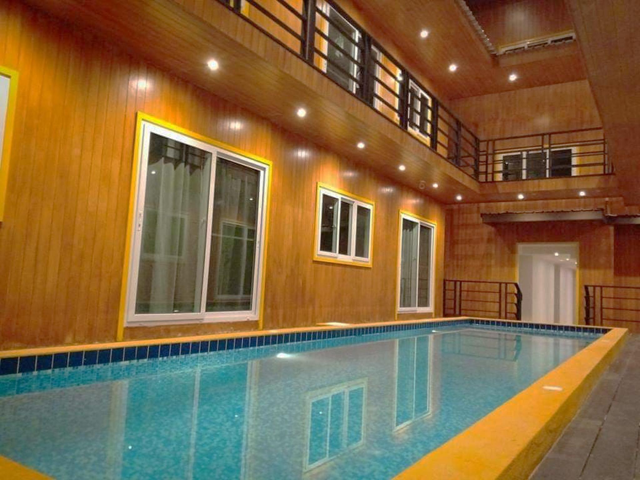 Resort M   BTS Chong Nonsi