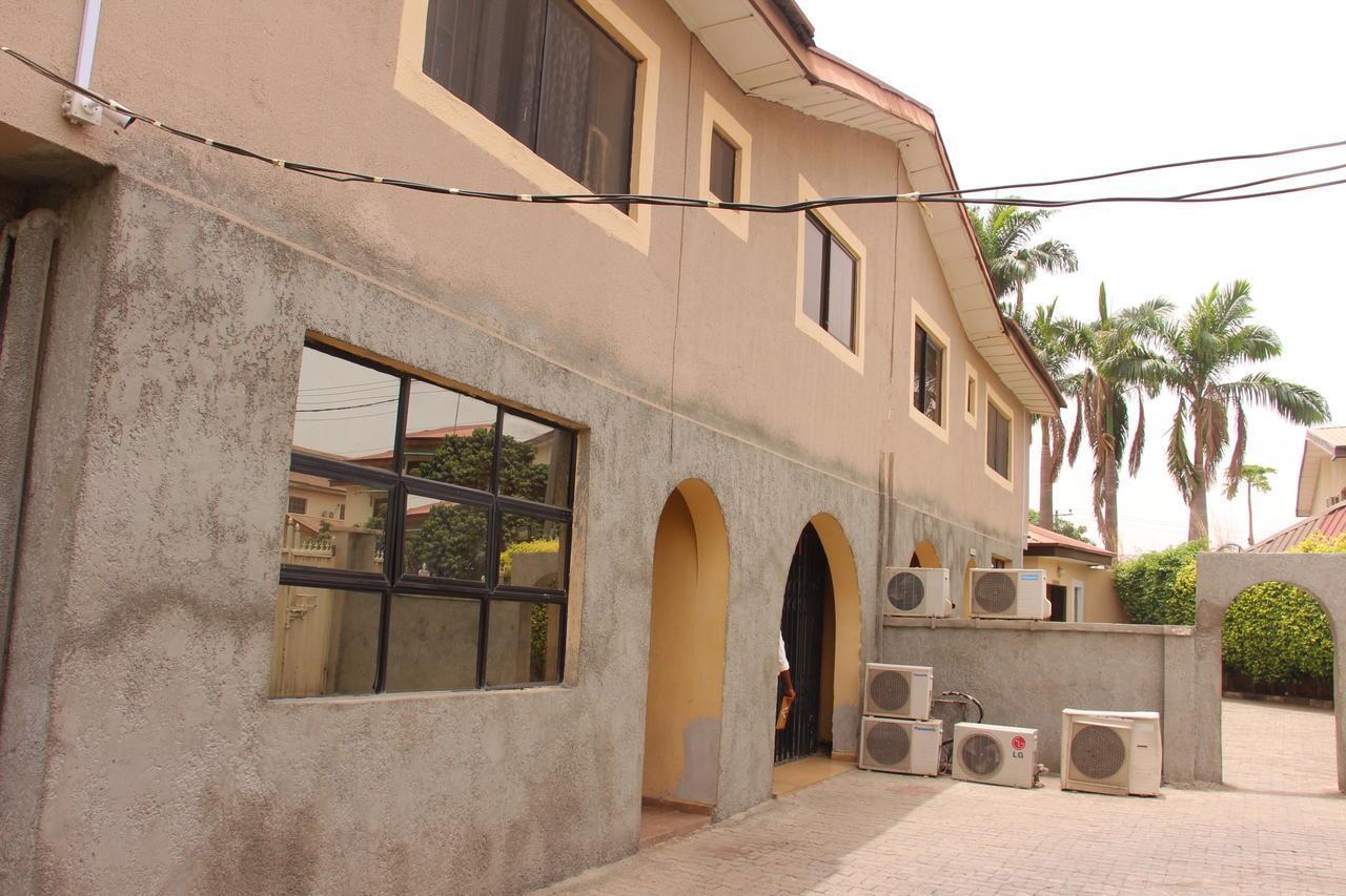 Bejay Suites And Garden Ltd
