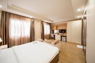 %name Shinee Hotel Ho Chi Minh City