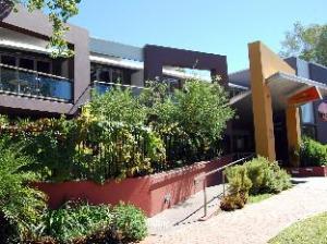 オーロラ ホテル (Aurora Alice Springs Hotel)