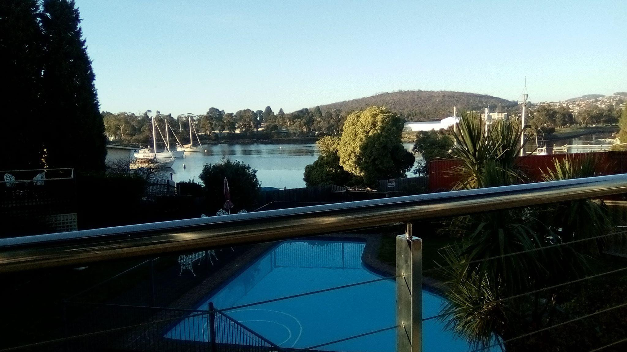 Waterfront Lodge Motel Reviews