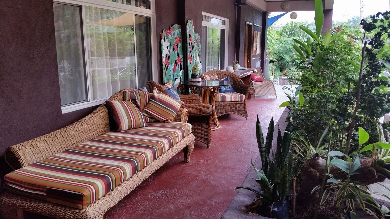 Bahay Isla Lodge