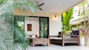 4 Bedrooms + 4 Bathrooms Villa in Rawai - 23916013