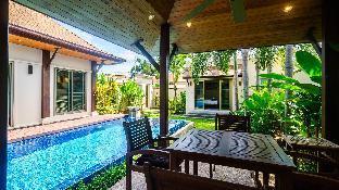 3 Bedrooms + 3 Bathrooms Villa in Rawai - 34012211