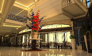 picture 4 of The Monarch Hotel