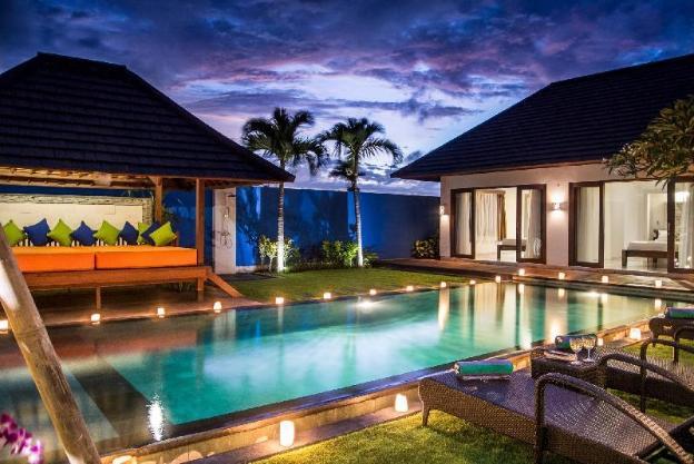 4 Bedroom Villa - 100M From Berawa Beach
