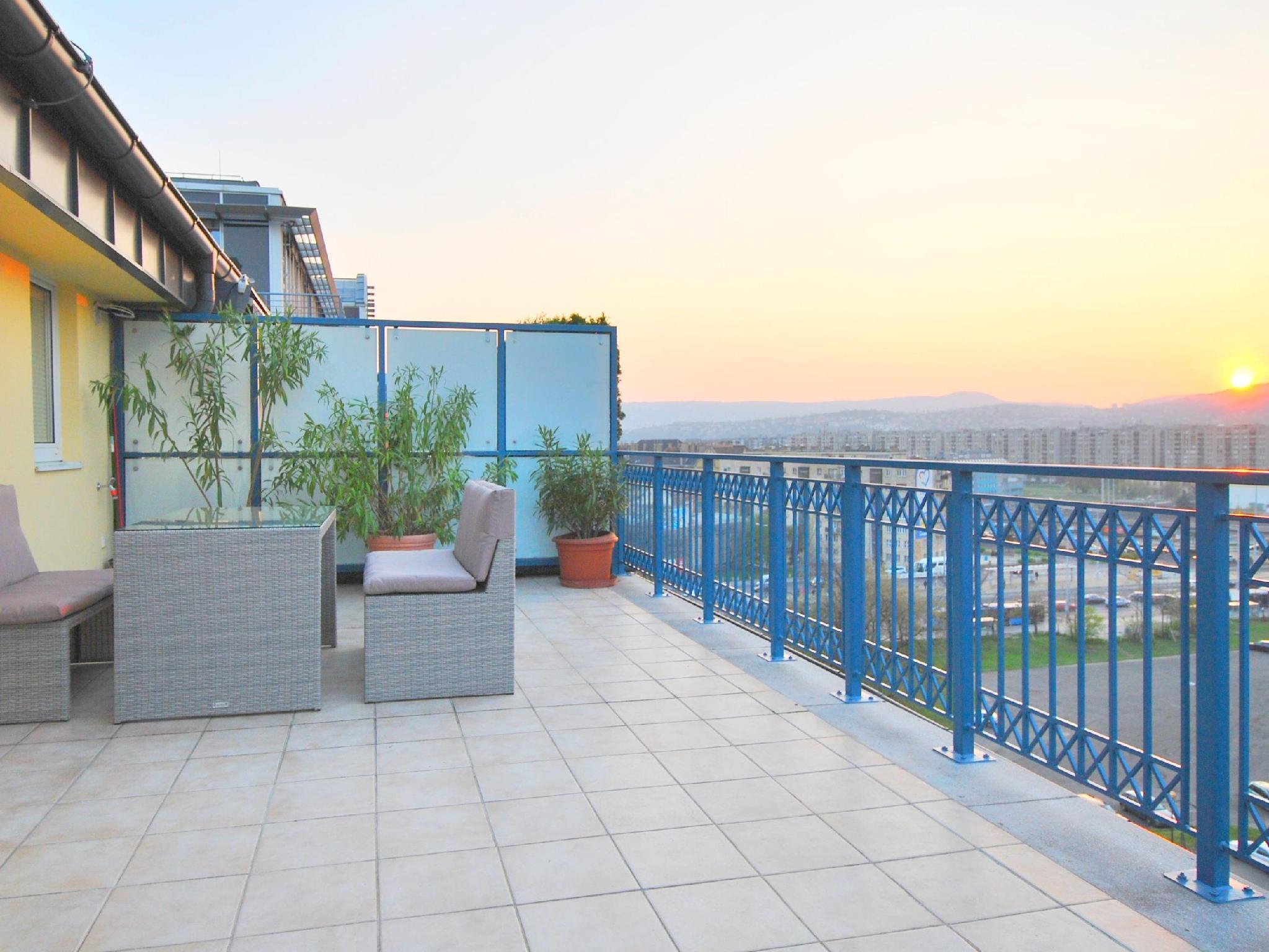 Arpad Bridge Apartments Budapest