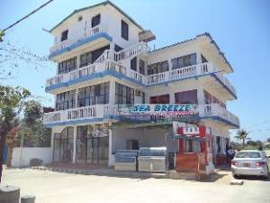 シーブリーズ イン (Seabreeze Inn)