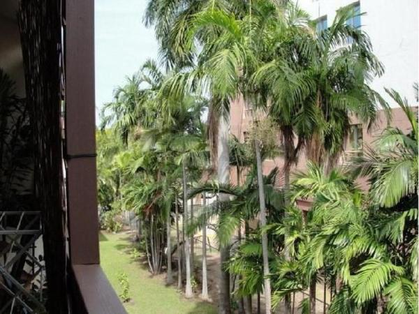 Pips Esplanade Hideaway Apartments  Darwin City, Darwin, Australia  Great discounted rates!
