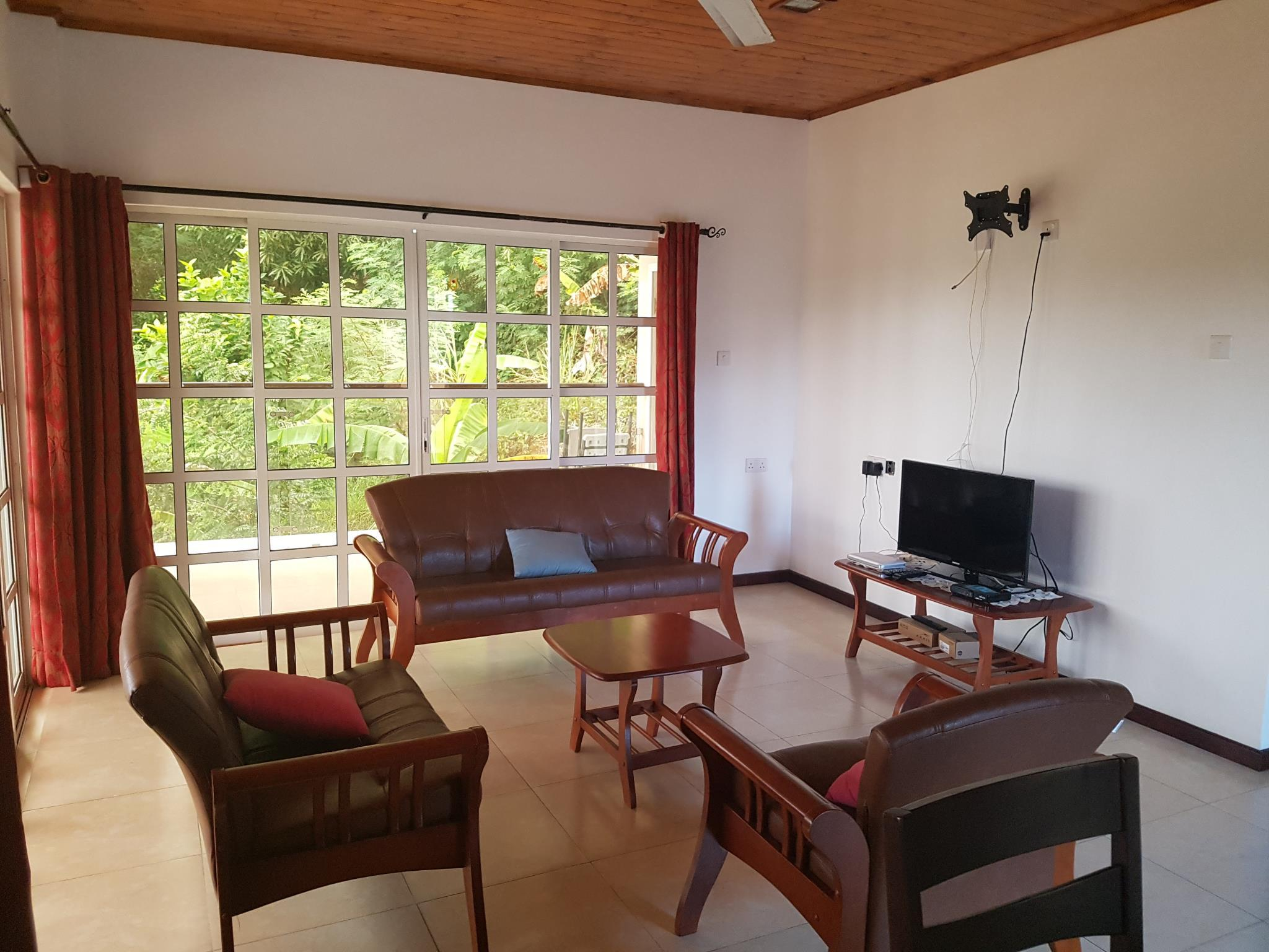 Le Coin Ideal Self Catering Apartments - Praslin Island ...