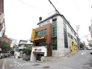 24 Guesthouse Namsan