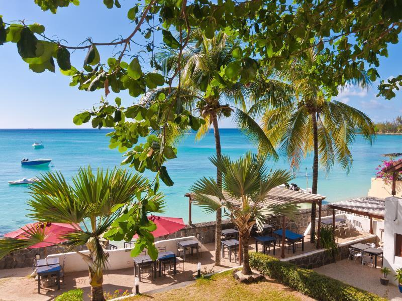 Le Beachclub Serviced Apartments And Villas