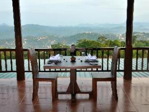 Kandy Highland Hotel