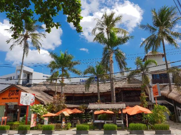 Taman Unique Hotel