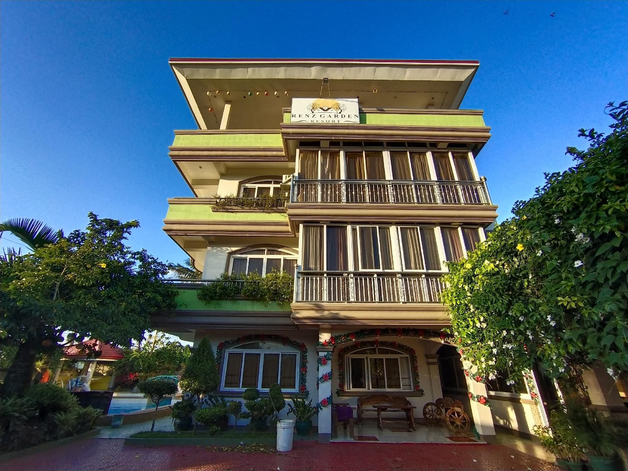 Touch of nature& enjoy the cool breeze of Tagaytay