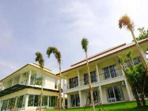 Nopparat Garden Hotel