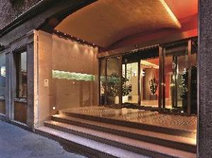 邦法奇蒂宫殿酒店 (Palace Bonvecchiati)