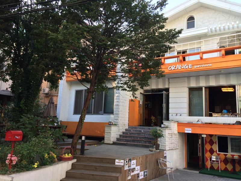 Orange Guesthouse Hongdae