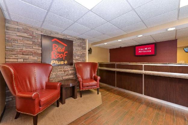 Red Roof PLUS+ Boston - Woburn/Burlington