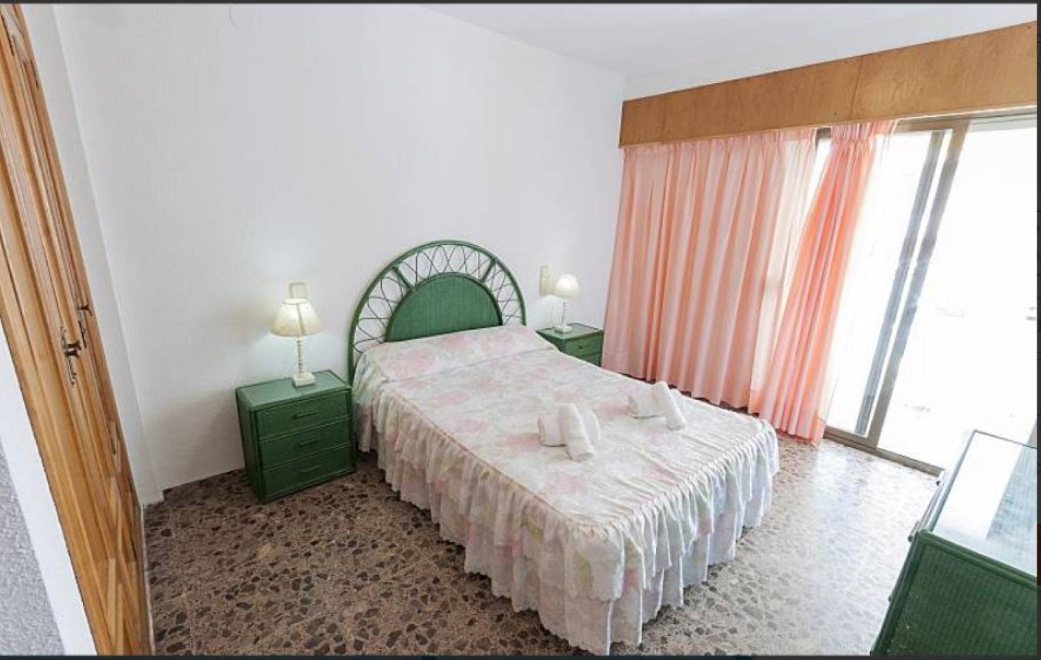 106268   Apartment In Gandia