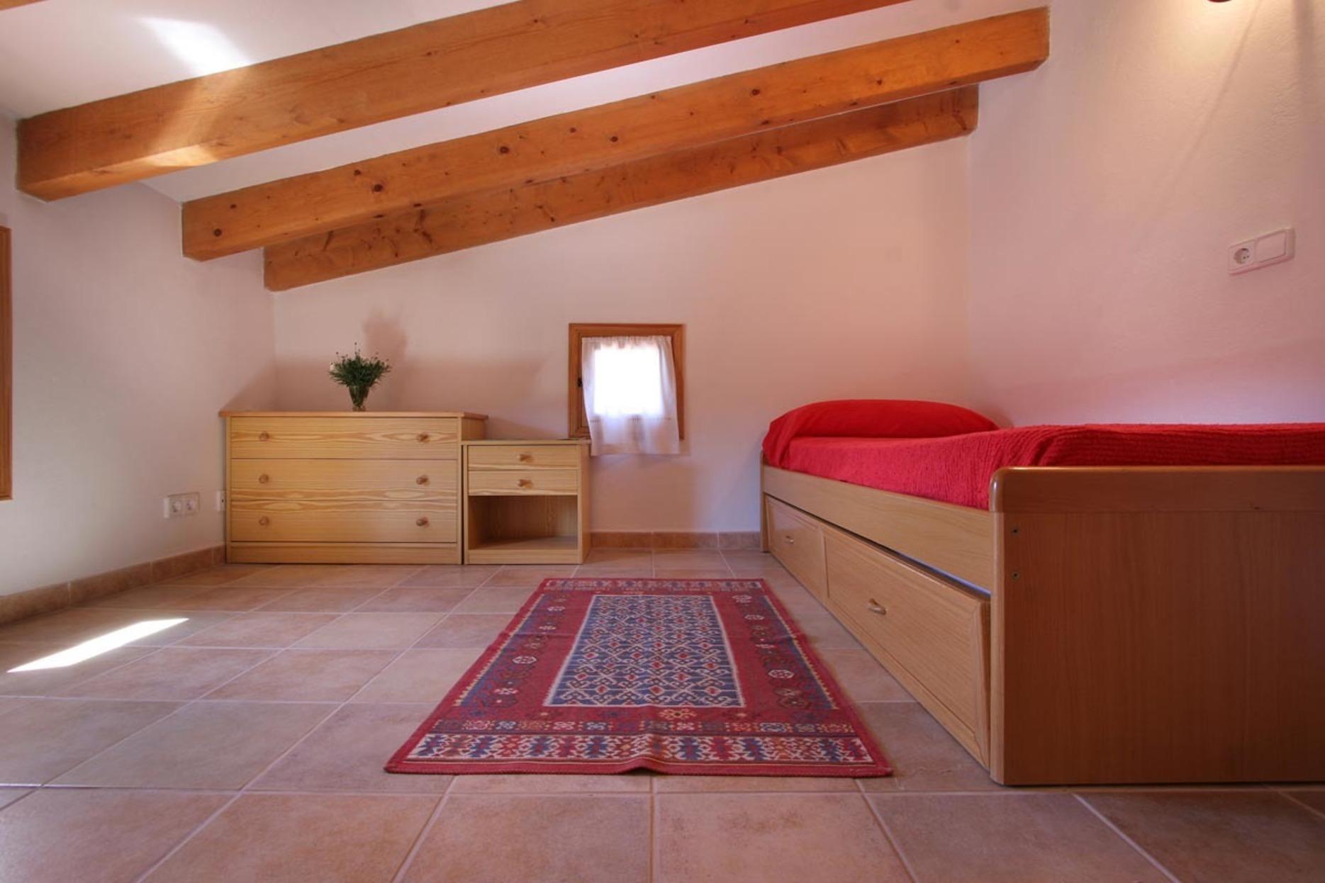 103155   Villa In Pollen�a