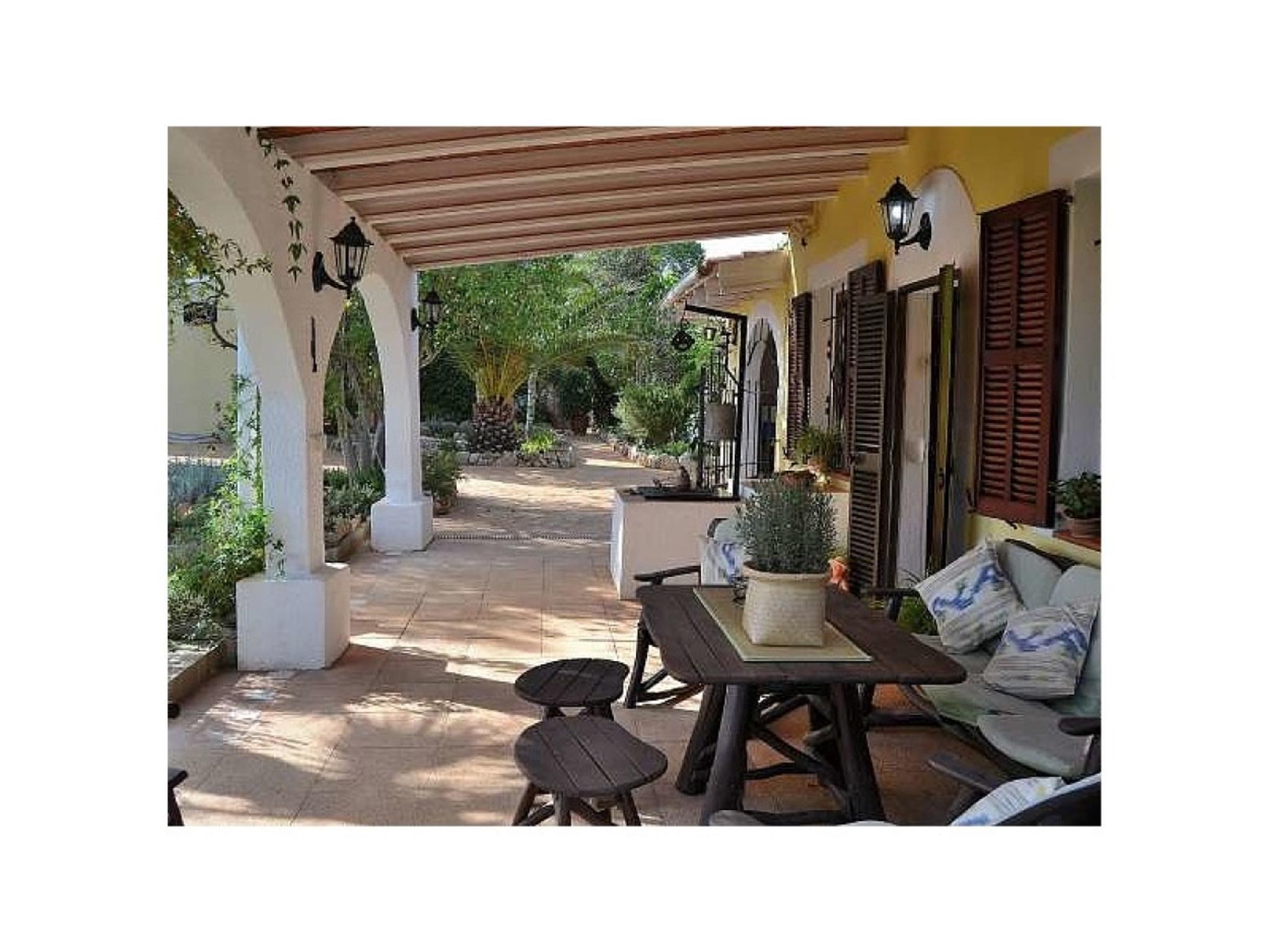 102071 -  Villa in Santa Margalida