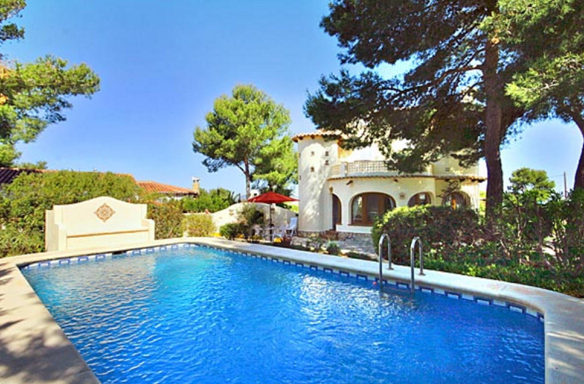 104897   House In X�bia
