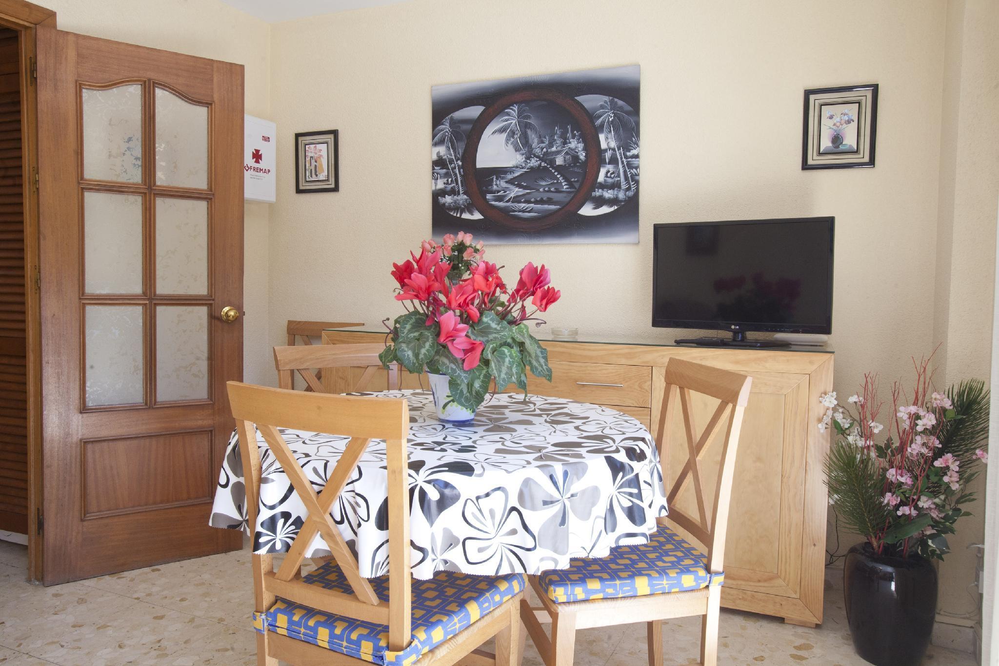 101679   Apartment In M�laga