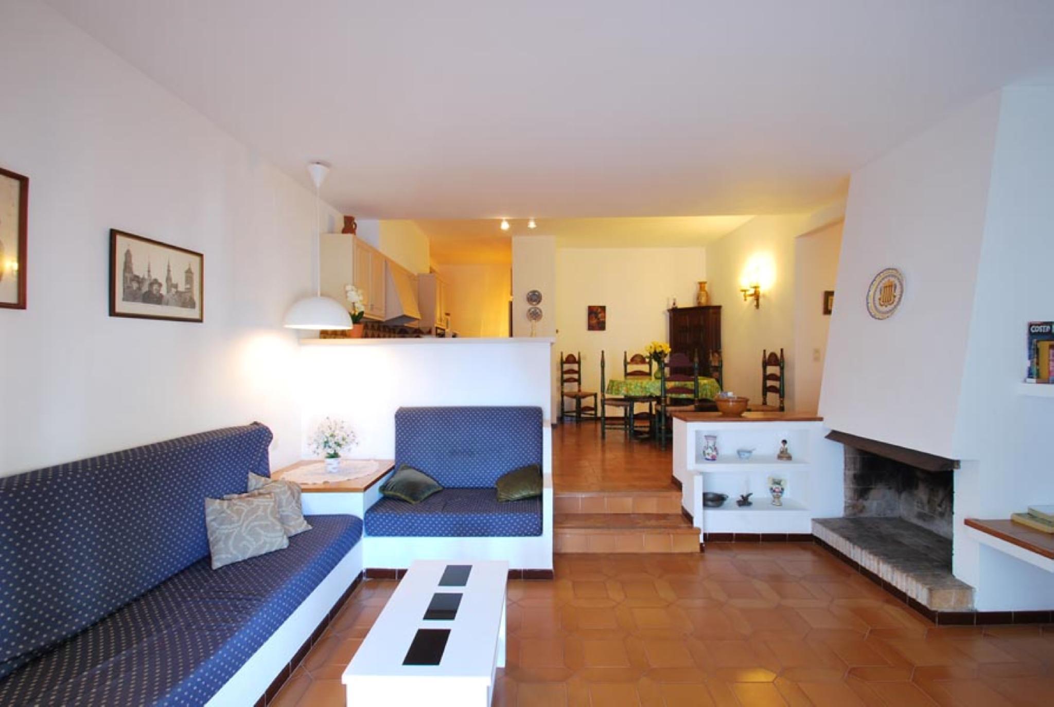 106601   Apartment In Begur