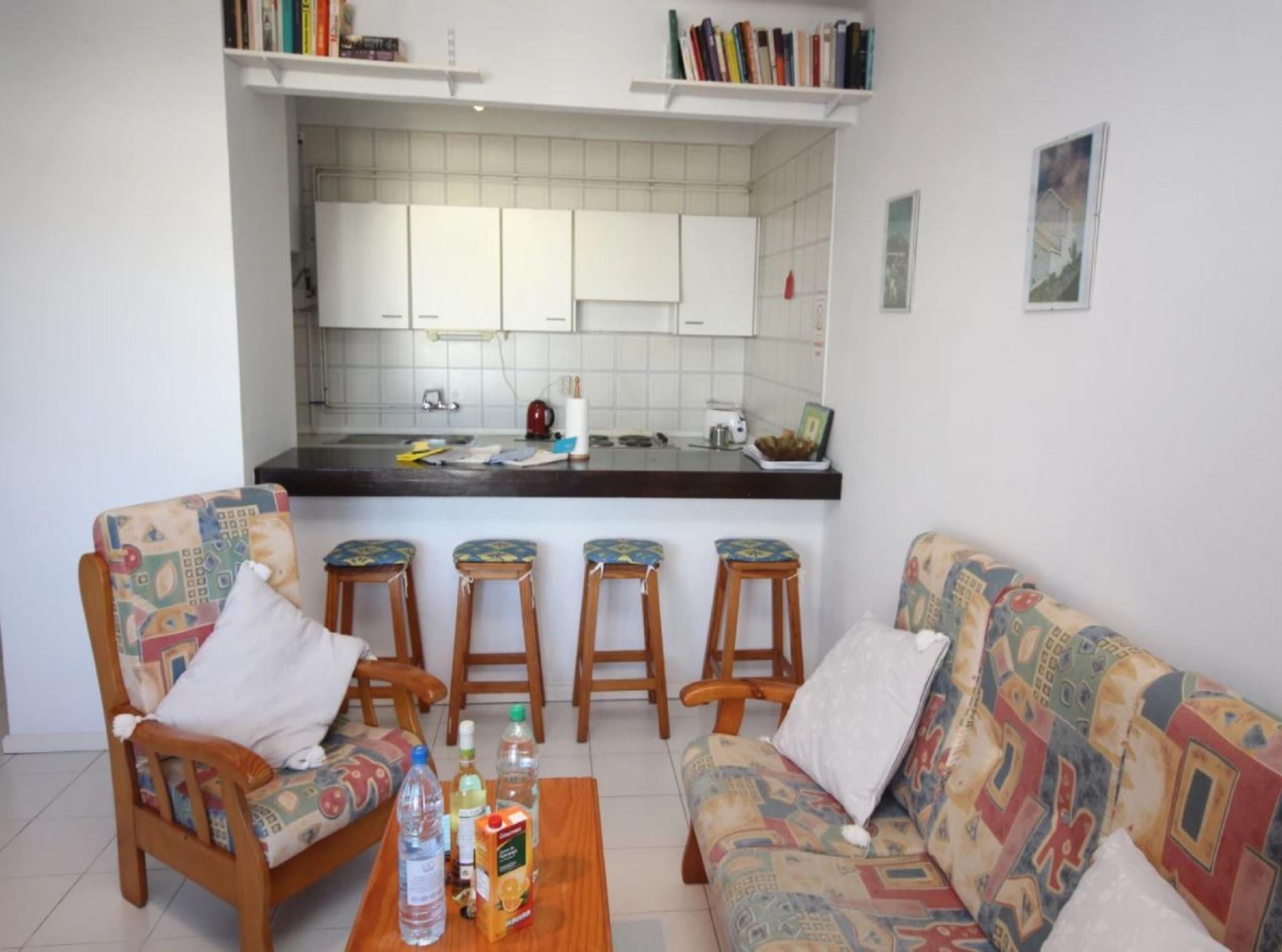 105780   Apartment In T�as