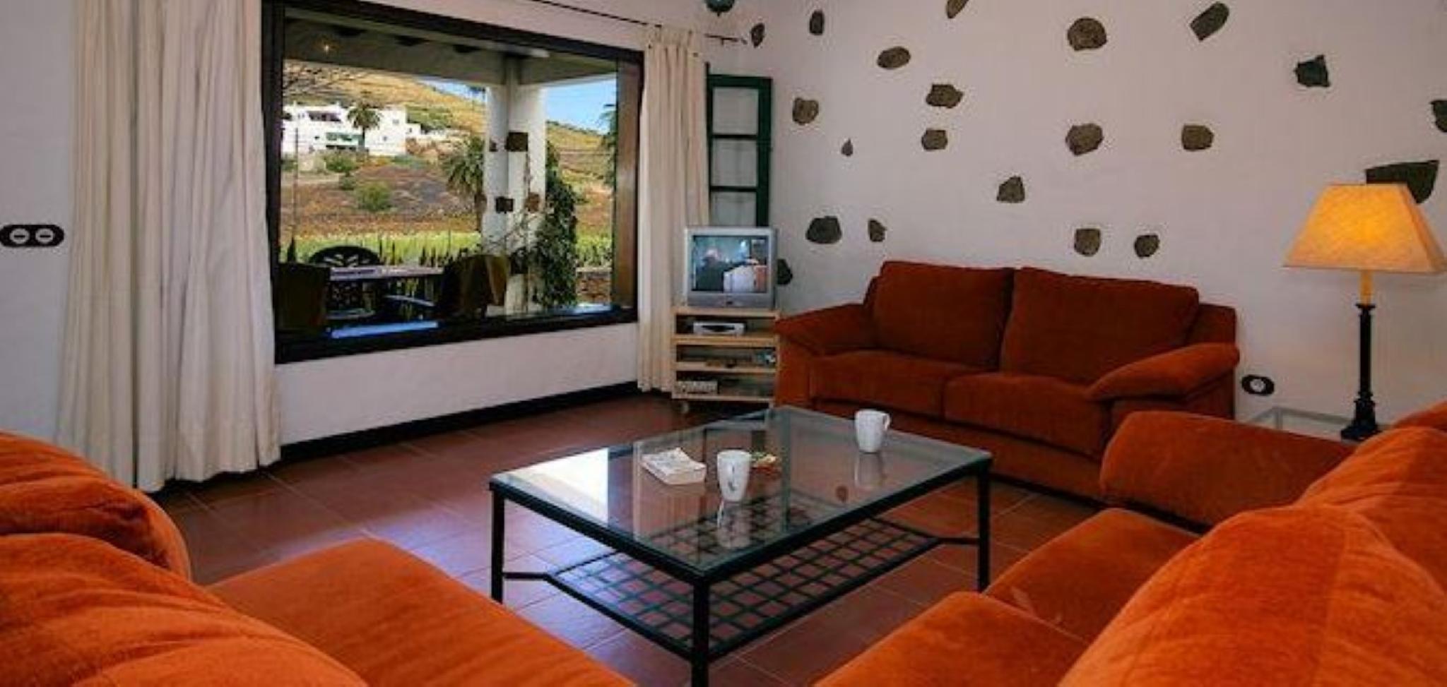 106085   Villa In Har�a
