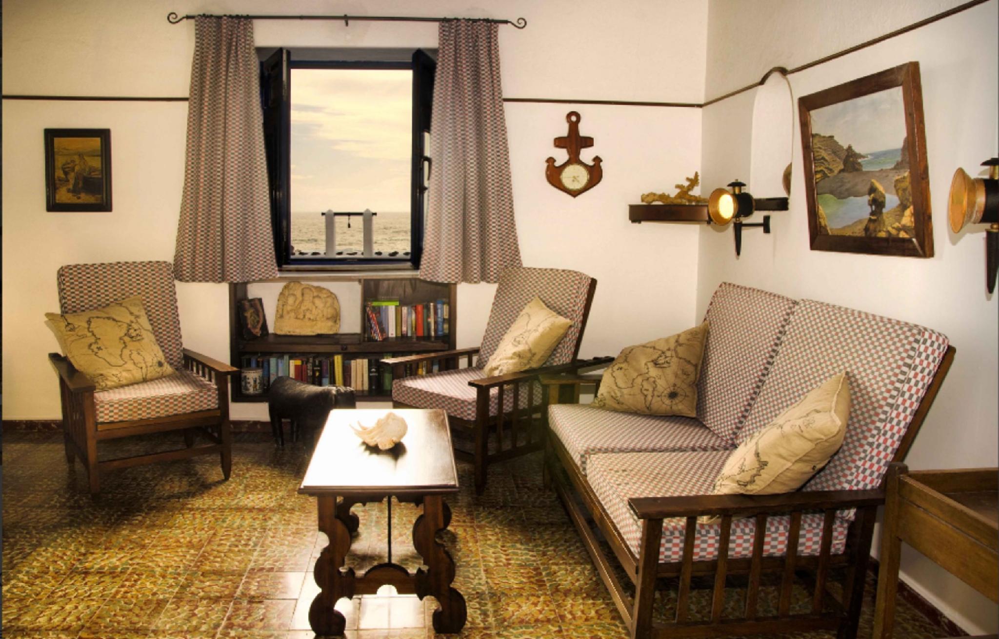 105893   Apartment In El Golfo