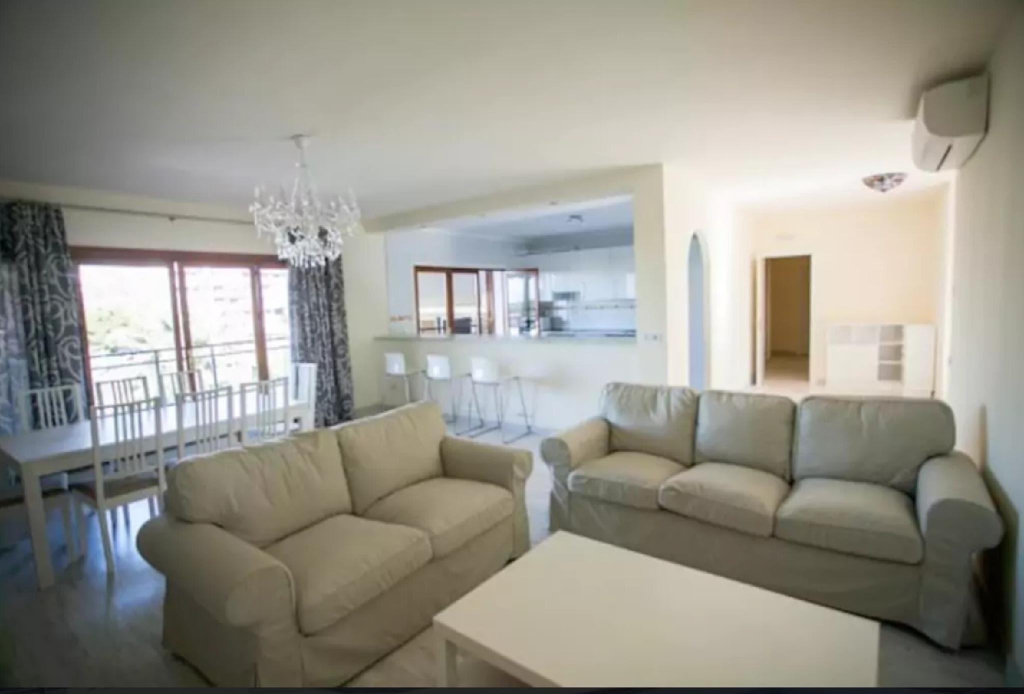 105079   Villa In M�laga